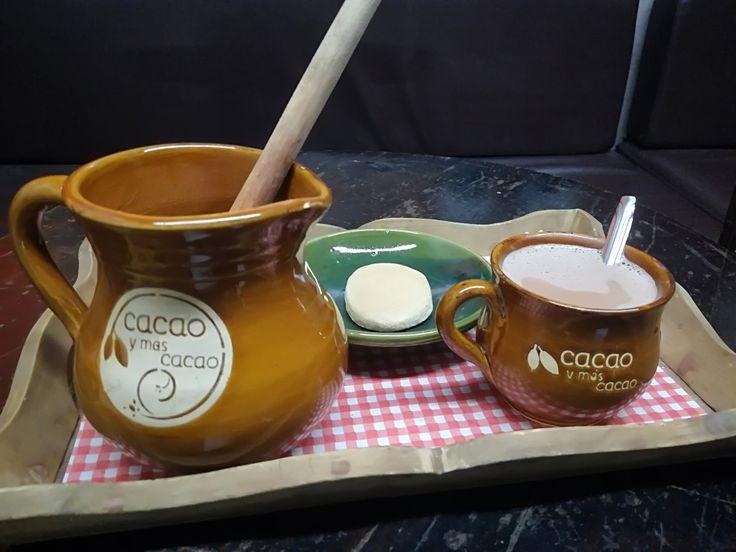 ¿No te gustaría probar el mejor chocolate? ¡Qué esperas para venir! Te espera Cocoa & más Cocoa. Visita: www.encontrastela... #EncontrasteLaCandelaria #Bogotá #Colombia #Candelaria  Fotografía tomada por: Lorena Correa