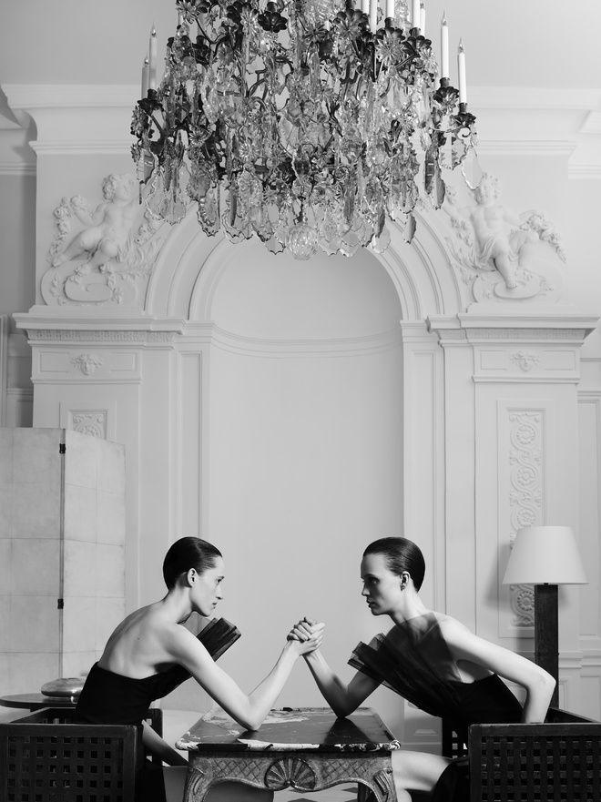 Hedi Slimane reinvente l'esprit couture d'Yves Saint Laurent 10