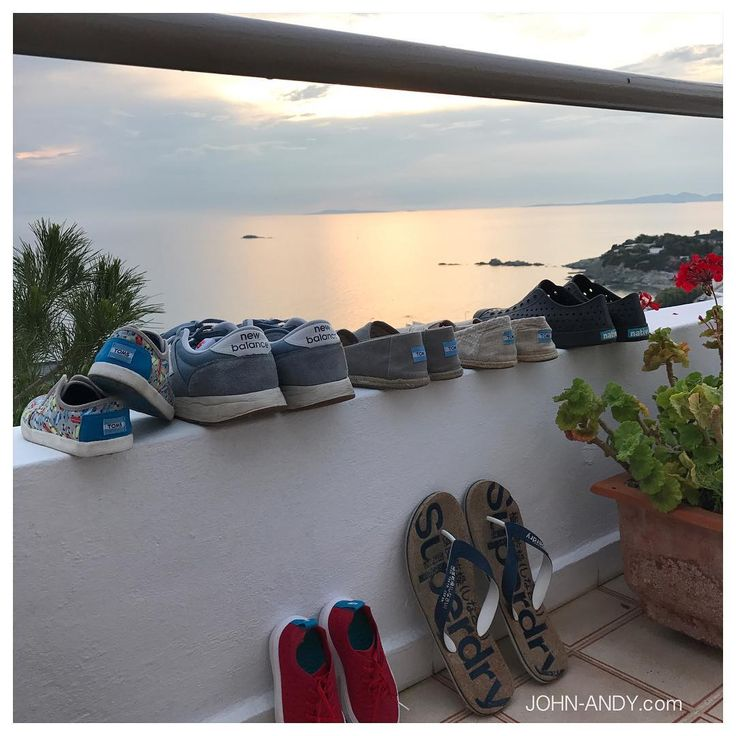 #johnandy #summer #time #loading #greece #sea #view #toms #newbalance #native #native #shoes #superdry #flipflops #00302109703888  https://www.john-andy.com