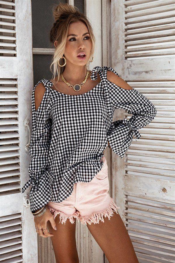 2017 New Bow Plaid Shirt Women Blouse Elegant Flare Sleeve Women Blusas Shirts Chemise Femme Kimono. Yesterday's price: US $12.66 (10.47 EUR). Today's price: US $9.50 (7.86 EUR). Discount: 25%.
