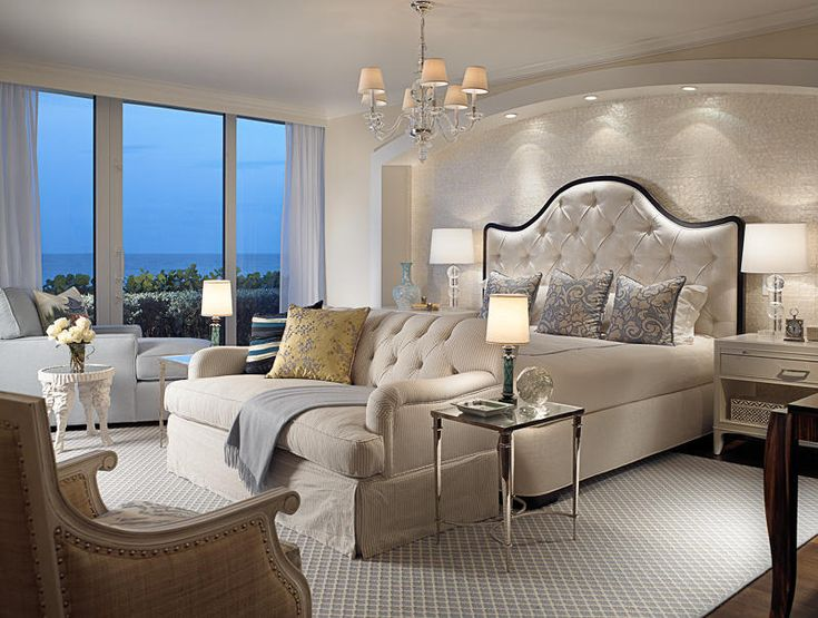 Wish I could sleep here. Better yet just hang out and enjoy this fabulous room
