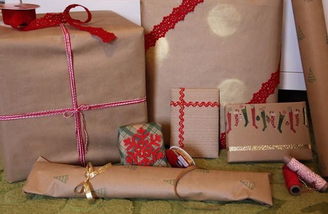 Lovely Little Life: DIY Polka Dot Wrapping Paper
