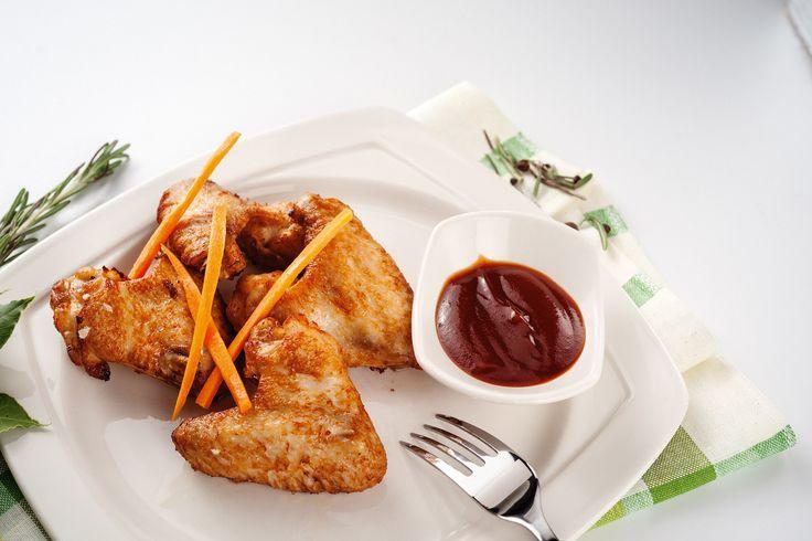Куринные крылья, сырные палочки пицца папа джонс
