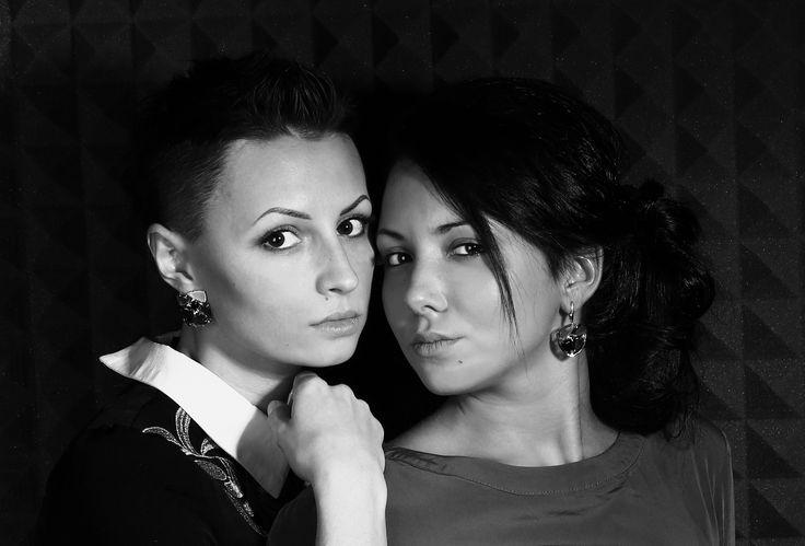 Aisha & Helga