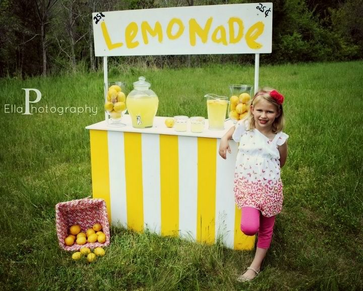 A nice cool drink anyone celebrate summer pinterest for Cool lemonade stand ideas