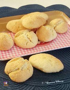 BISCOTTI DA INZUPPO ,stamattina prepariamo dei biscotti semplicissimi perfetti da inzuppare nel latte la mattina a colazione Una ricetta semplice e ..