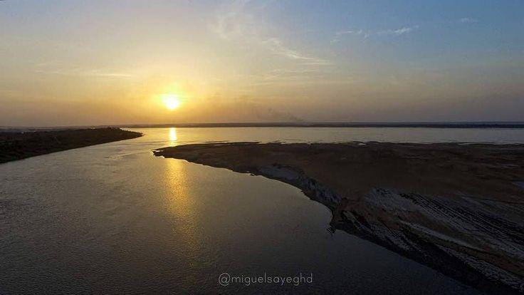 Sunset desde Palmarito #dji #inspire #aereo #drone #venezuela #drone #dronerosdeVenezuela #MIVENEZUELA #historia #tradicionbolivarence #IGERSGUAYANA #IGERSVENEZUELA #pictures #venabolivar #worldvenezuela #world #aereo #elnacionalweb #eluniversal #great_captures_vzla #ig_venezuelan_pro