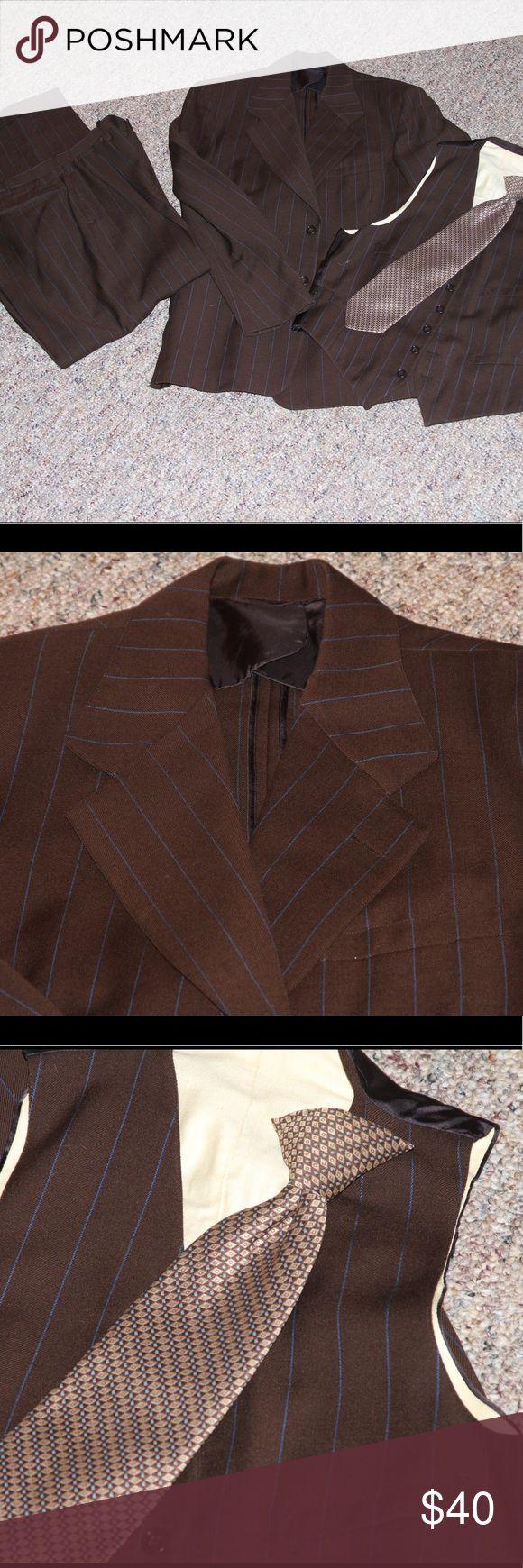 Men's 3 Piece Suit plus clip on tie VINTAGE ReLove 💚this vintage three piece 38L Suit Marx & Hauas Suits & Blazers Suits