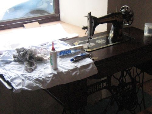 Our Handmade Home: How Should I Clean My Vintage Sewing ...