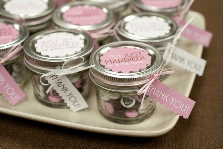 Create personalized chocolate candies from #mymms for adorable wedding or bridal shower favors