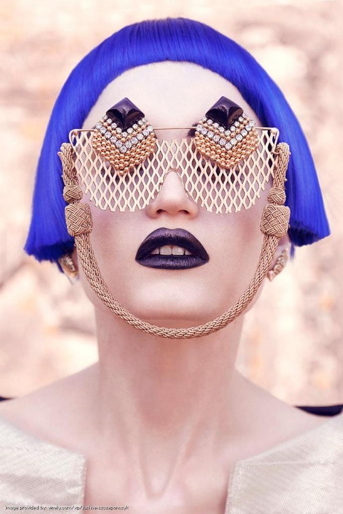eccentric eyewear