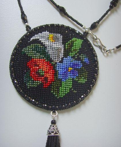 Кулоны, подвески ручной работы. Ярмарка Мастеров - ручная работа Кулон с цветами и кистью. Handmade.