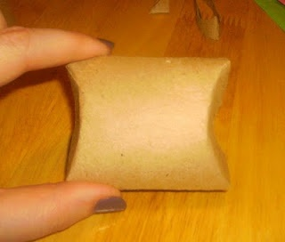 toilet paper gift box!  craft envy: recycled craft projects