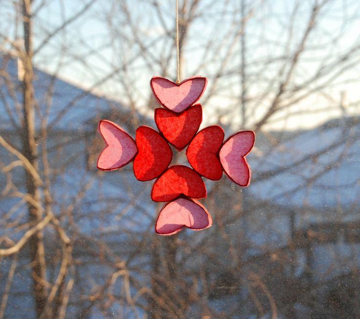that artist woman: Valentine Suncatchers