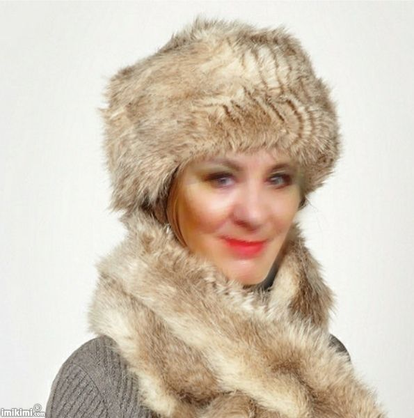Beauty With Fur Hat-Scarf