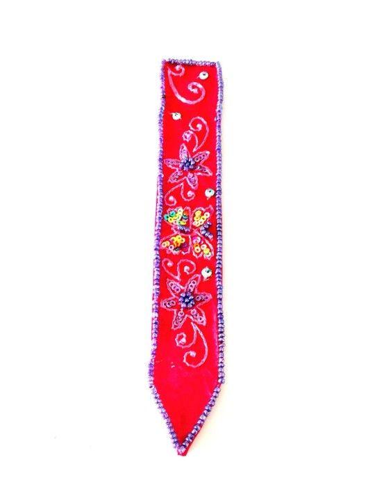 Embellished Bookmark-£2 #prettytwisted #stationary #embellished #bookmark http://prettytwistedonline.co.uk/product/embellished-bookmark/