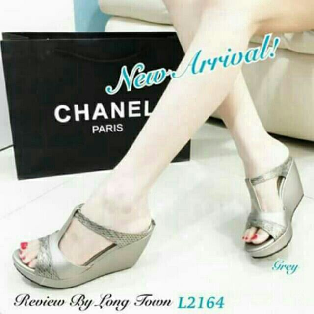 I'm selling channel wedges for 94950000.0. Get it on Shopee now!http://shopee.ph/christheltells/3821696 #ShopeePH