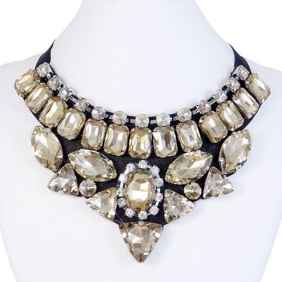 Cristal de Swarovski Collar collar de Topacio por MiumiuJewelry, $16.99