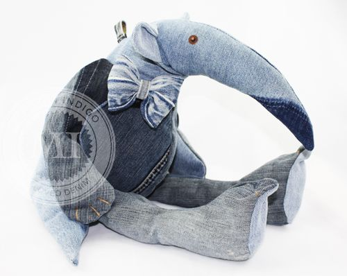 MAISON INDIGO, Ant-eater made out of recycled denim