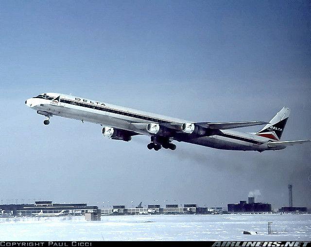 Delta DC-8-61