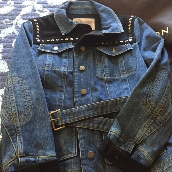 Louis Vuitton Demin Jacket Authentic Demin Jacket 40 size, perfect condition, worn only once Louis Vuitton Jackets & Coats Jean Jackets