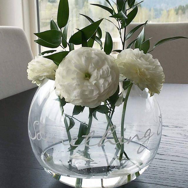 Den populære Something else vasen fra Riviera Maison  Finnes i to størrelser. #rivieramaison #rmnorge #interiör #interiør #interior #interiör #tipstilhjemmet #interiorandhome #news #instainterior #classyinterior #interiur #vakrehjem #frkwickstrom #frkwickstrøm #trondheim #heimdal