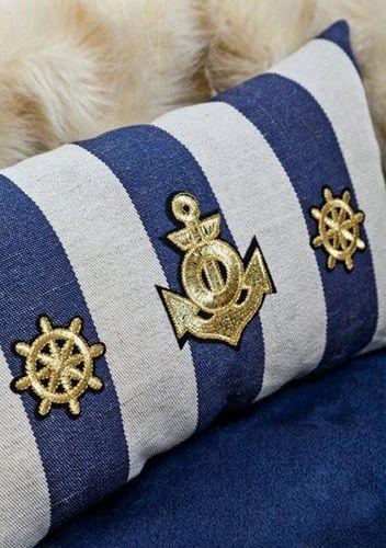 Detalles cama para perros Montecarlo. Disponible en canstory.com