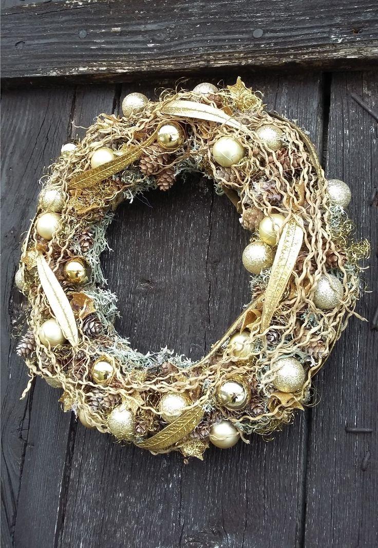 Christmas golden wreath