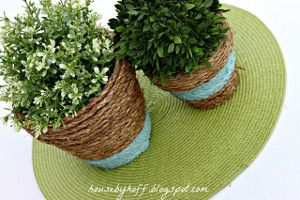 Rope-Wrapped Terracotta Planters - This garden craft is unbelievably simple.