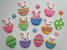 Hama strijkkralen Paasdecoratie. Hama beads Easter Decoration.