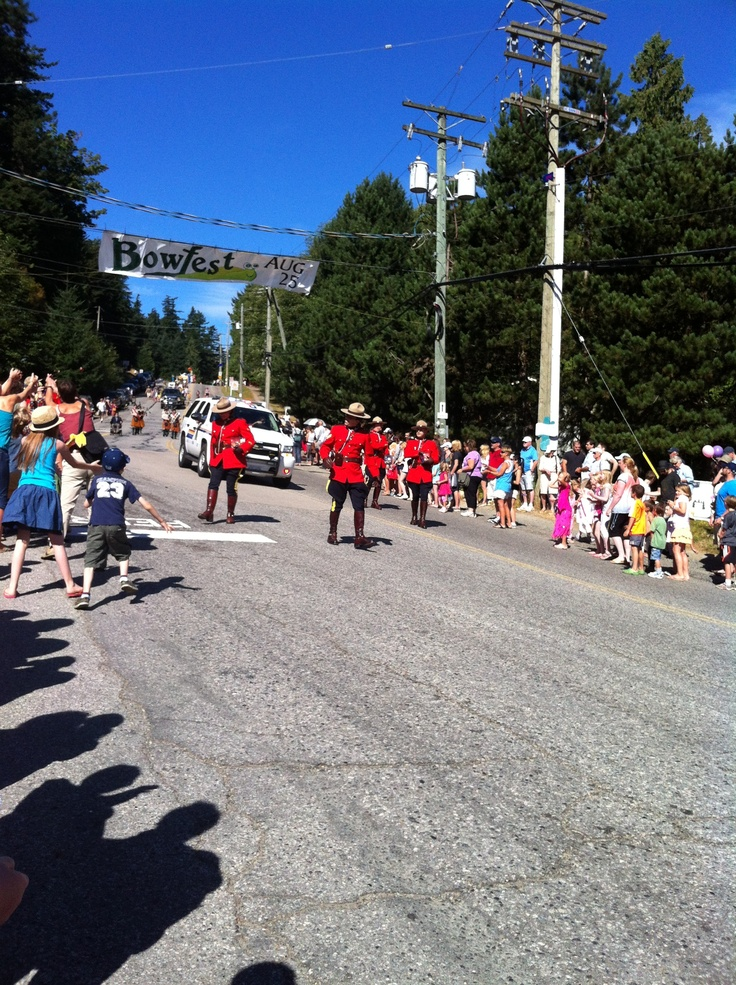 The start of our annual Bowen Island Bowfest Parade.   In Canada we start our parade with the RCMP in full dress.   They look so fabulous don't they?