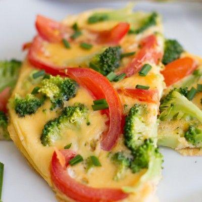 Gegrilde omelet met broccoli en tomaat, lekker makkelijk en snel klaar!