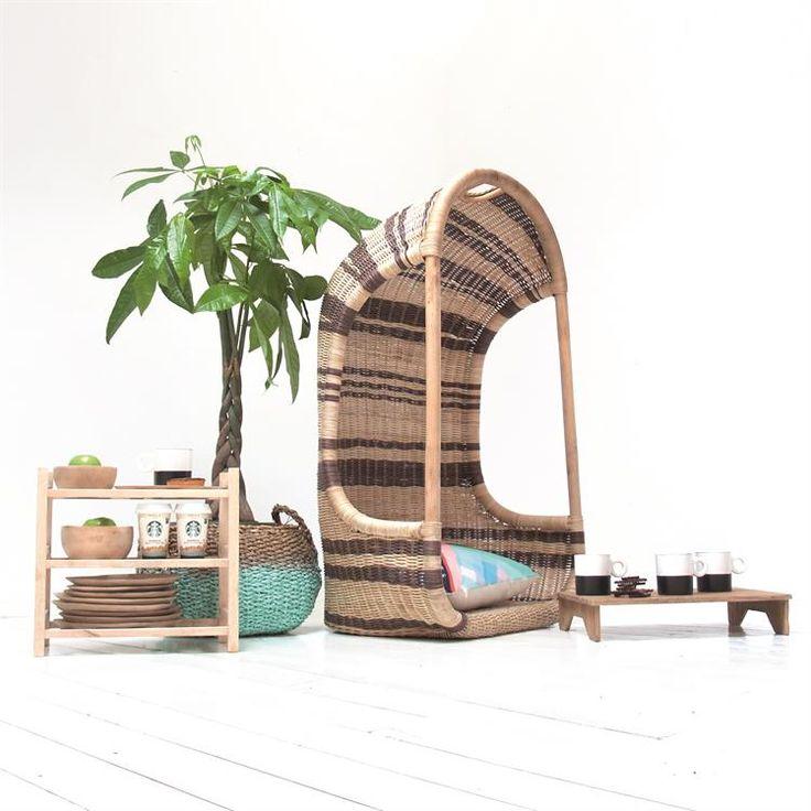 wicker hangchair.jpg