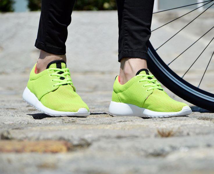 Αθλητικά Παπούτσια με Λευκή Σόλα.