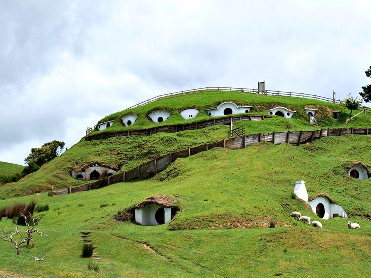 IN DE BAN VAN DE RING - J.R.R. Tolkien - Het Hobbitstadje Matamata in Nieuw-Zeeland - Engelstalige website met meerdere foto's ♦ NIEUW-ZEELAND