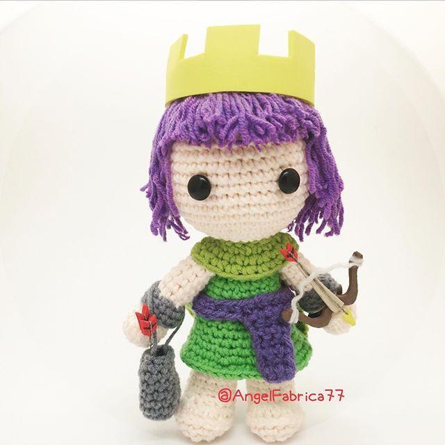 Crochet Clash of Clans Archer Queen #handmade #madetoorder #crochet #amigurumi #crochetdoll #coc #clashofclans #archer #archerqueen #cocarcher #etsy #madetoorder #clashofclansaddict #clash_of_clans
