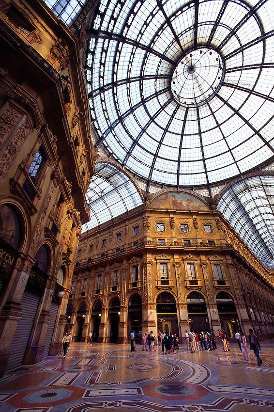 Galleria Vittorio Emanuele, Piazza del Duomo, Milan, Italy