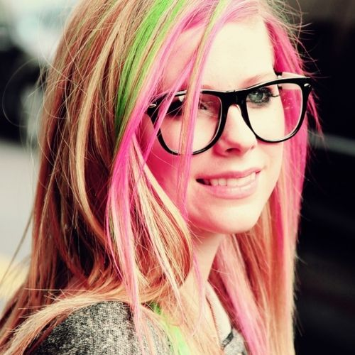 Avril Lavigne! She can sing like no one else and she knows how to have fun!