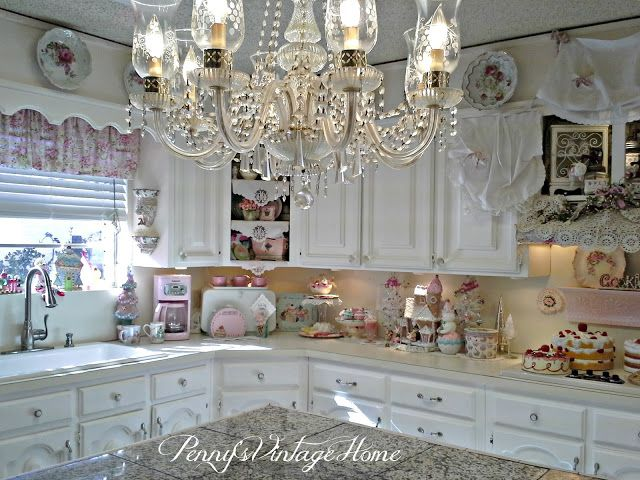 Penny's Vintage Home: Pastel Christmas decor in the Kitchen