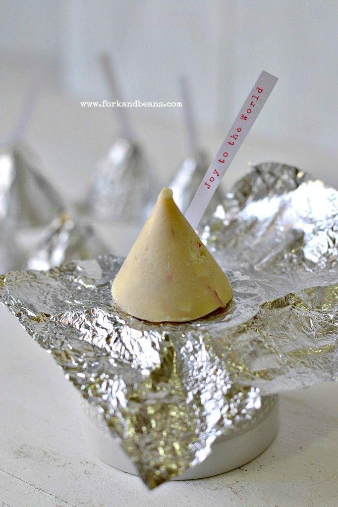 Vegan Hershey Kisses - Bring on that Christmas Spirit!