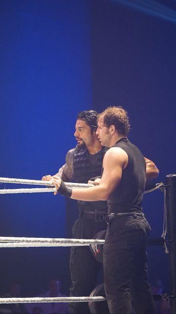 Roman Reigns, Dean Ambrose - Liège