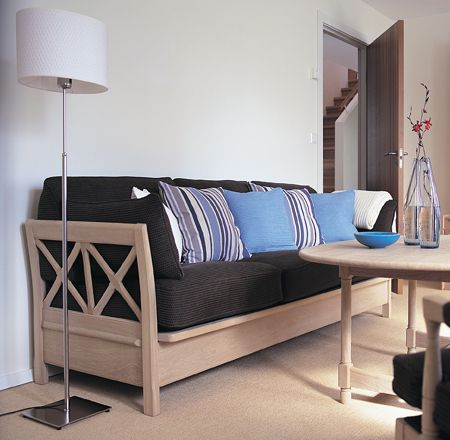 Skipper sofa in oak by Alf Sture. Må finne noen fine puter til vår sofa som skal trekkes om i sort/grått.