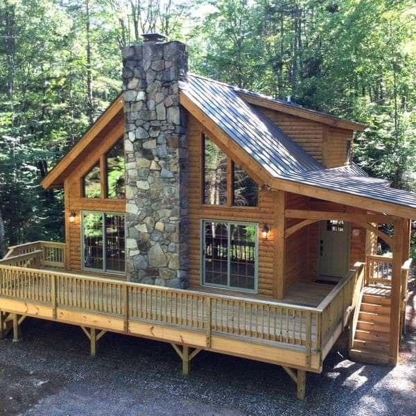 Pin By Travis Bentley On River House In 2020 Luxury Log Cabins Log Cabin Homes Log Cabin Plans
