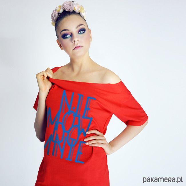 bluzki - t-shirty - damskie-Nie mów do mnie Krótki czerwony Oversize