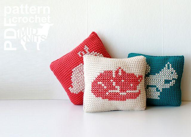 Ravelry: Woodland Animals Throw Pillows (2016008) pattern by Erin Black