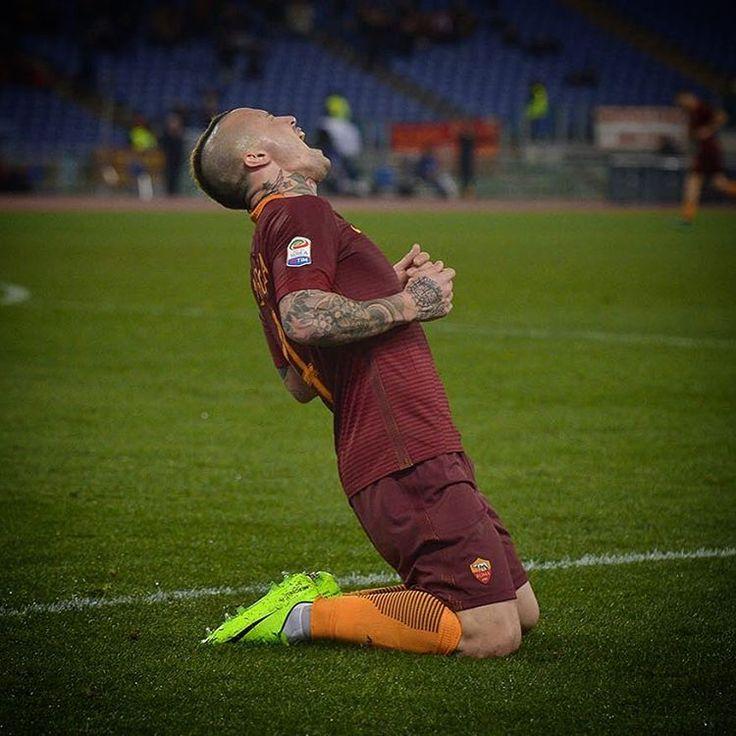 Vedi le foto e i video di Instagram di AS Roma (@officialasroma)