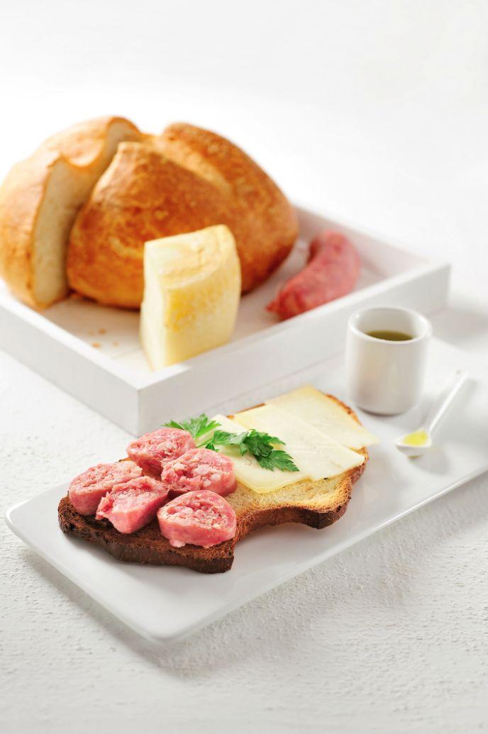 Aardappelbrood uit molise http://www.njam.tv/recepten/aardappelbrood-uit-molise