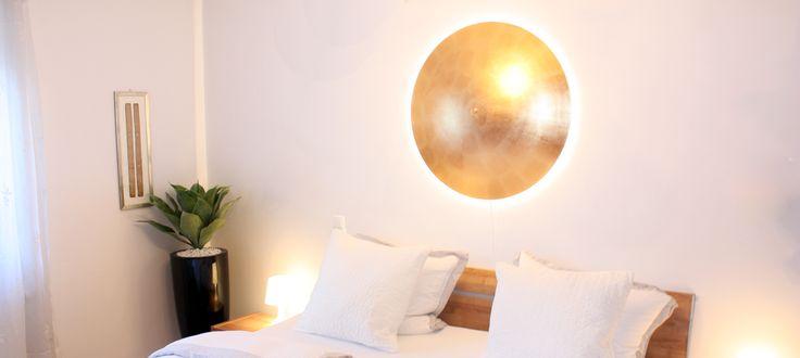 Design Lampen von Ekklips mit Schlagmetall gold Oberfläche