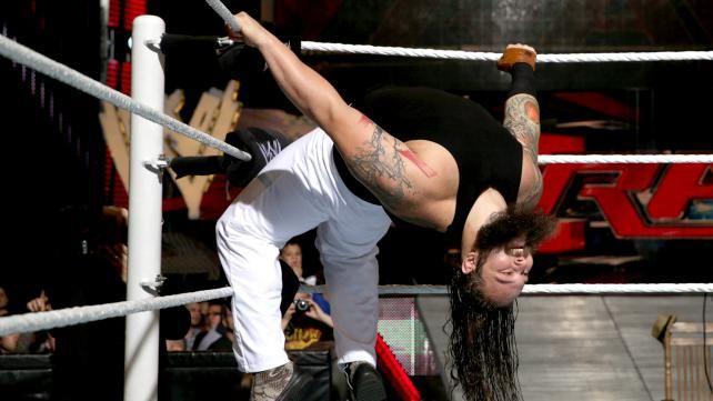 WWE.com: R-Truth vs. Bray Wyatt: photos #WWE