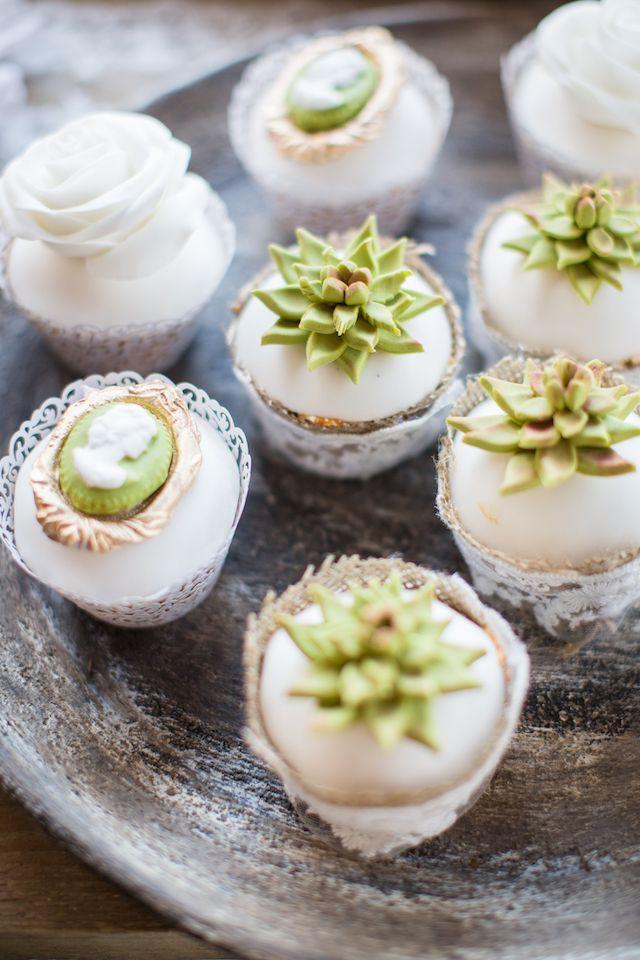 Succulent cupcakes | Cecelina Photography